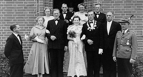 Thron1957-1958_Chronik-Hemsen_Innenteil_RZ_2012-04