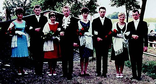 Thron1966-1967_Chronik-Hemsen_Innenteil_RZ_2012-04
