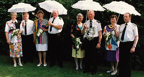 Thron1992-1993_Chronik-Hemsen_Innenteil_RZ_2012-04