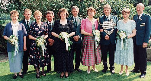 Thron1996-1997_Chronik-Hemsen_Innenteil_RZ_2012-04